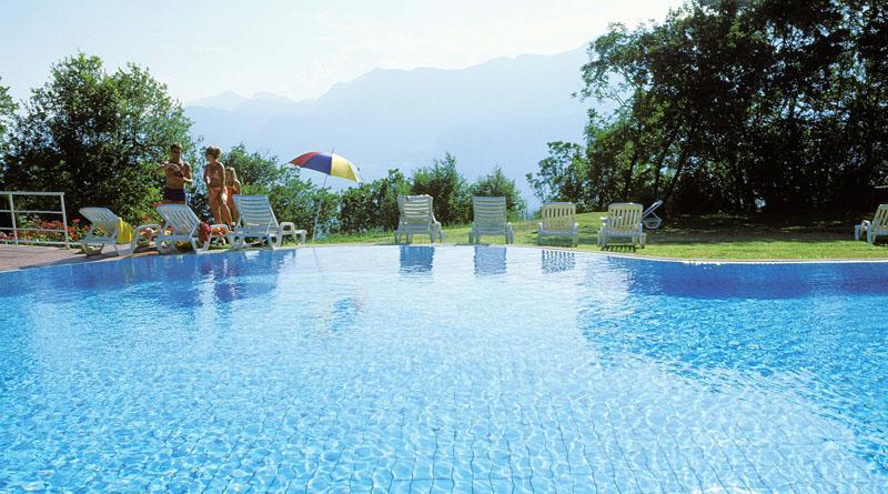Hotel Con Piscina Cavalese