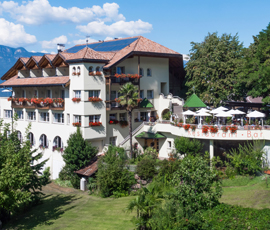 View of Hotel & Restaurant Tenz